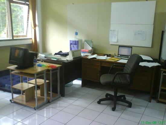meja kerja saya